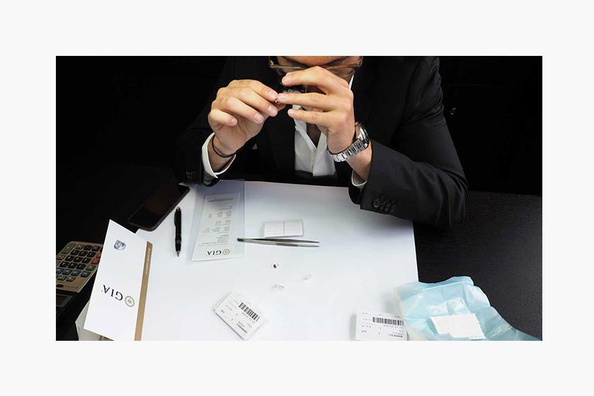 How_to_buy_diamonds
